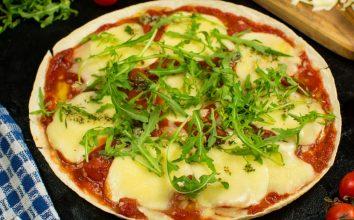 Bol Peynirli Lavaş Pizza Tarifi
