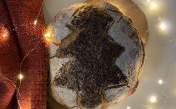 Ekşi Mayalı Ağaç Ekmek Tarifi