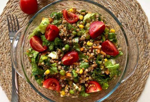 Karabuğdaylı Salata Tarifimiz