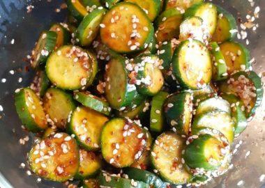 Kore Usulü Baharatlı Salata Tatifi