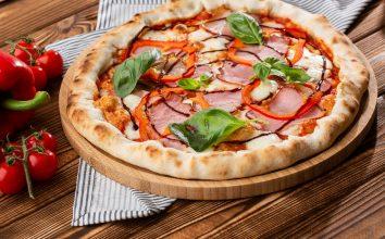 Dana Etli Kırmızı Biberli Pizza Tarifi
